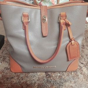 Authentic Dooney and Bourke Purse/Tote